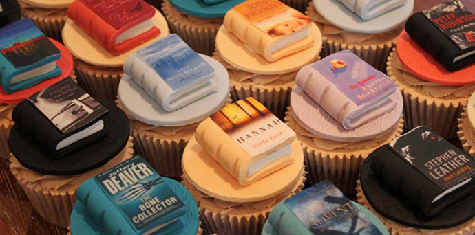 Cupcake books © Victoria's kitchen